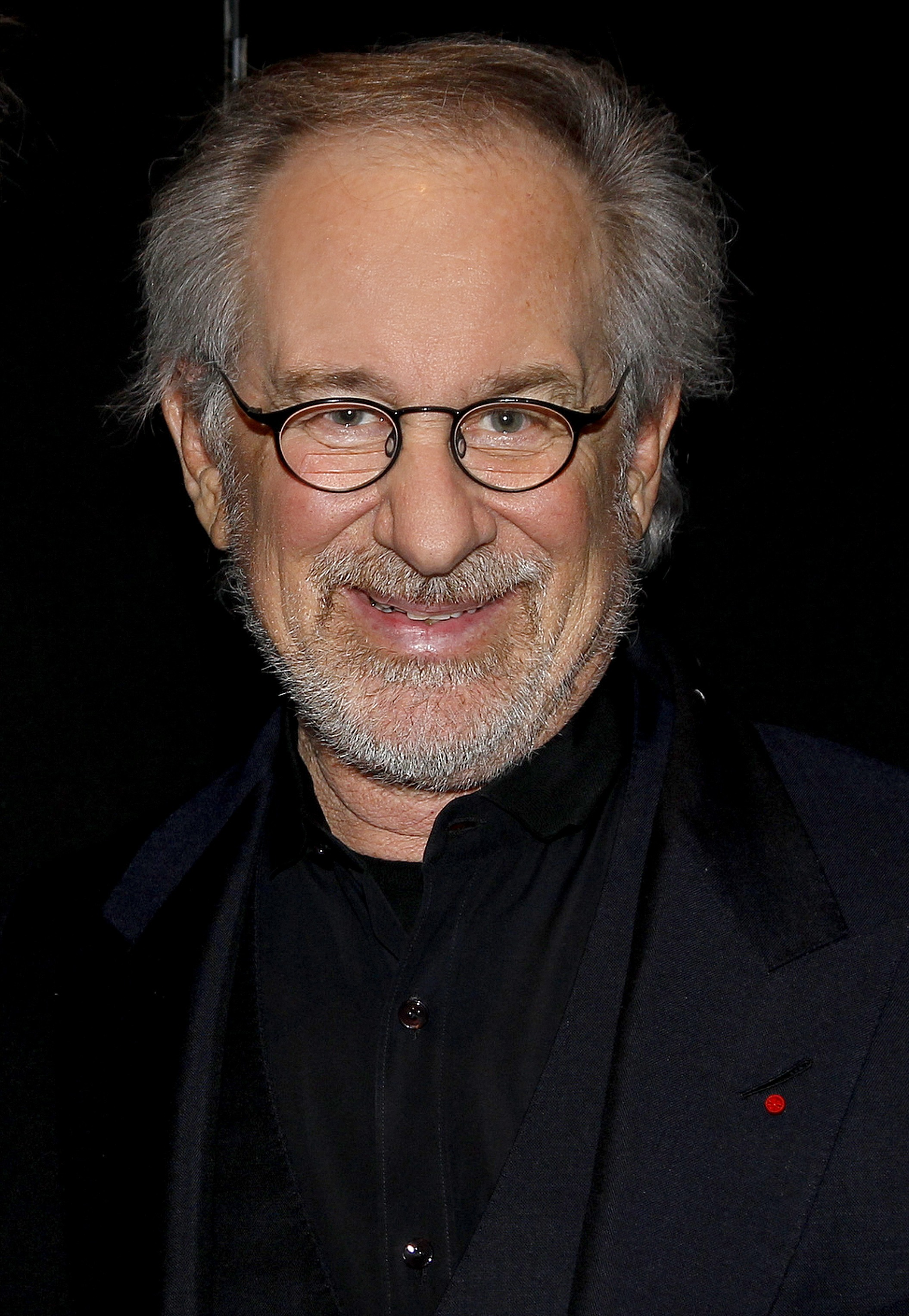 essay biography of steven spielberg Steven spielberg at this day and age is known throughout the world for his award-winning, spectacular movies of all time nevertheless, there was a day when spielberg was nothing more than a small, depressed child.